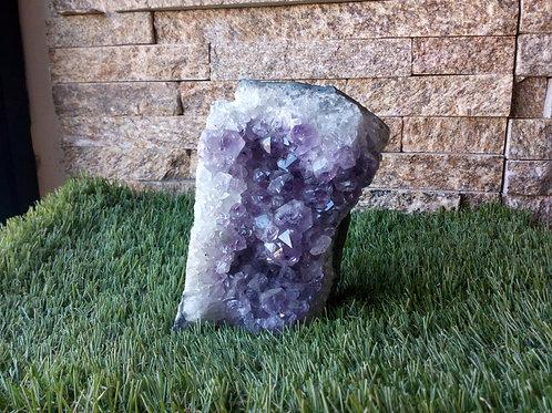 Amethyst- Crystal (Gemstone) - Extra Large approx. 12 x 8 x 4.5 (cm)