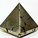 Pyrite Pyramid Crystal Healing 40mm -50m