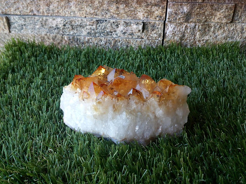 Citrine - Natural Rough Crystal - Extra Large size approx. 4.5 x 11.5 x 5 (cm)