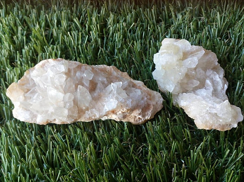 Calcite (White) Cluster - Crystal (Gemstone) - Large size approx. 2 x 6 x 3 (cm)