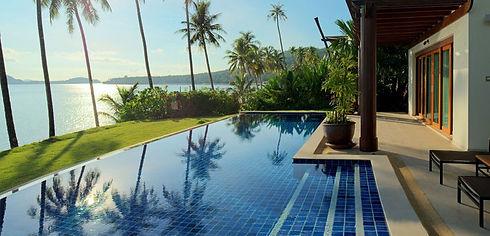 coconut island room.jpg