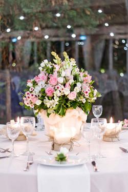 Λινάτσα & κεριά σε ροζ αποχρώσεις