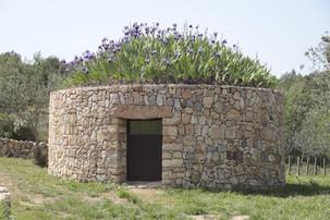Tenim tres barraques de pedra seca amb capacitat per a dues persones