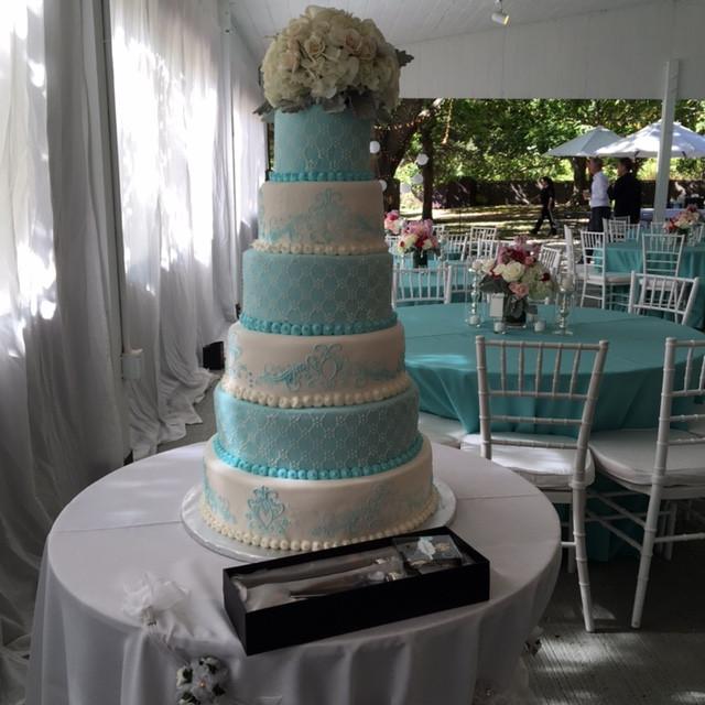 ORFI WEDDING CAKE.jpg