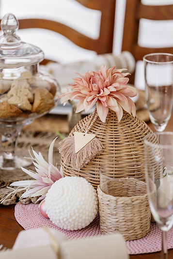 Christmas Table Styling-17 small.jpg