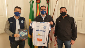 Presidente do Clube Esportivo fortalece relação de parceria com patrocinadores e apoiadores