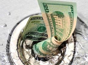 Деньги утекают.jpg