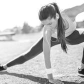 devushka-naushniki-fitness-sport.jpg