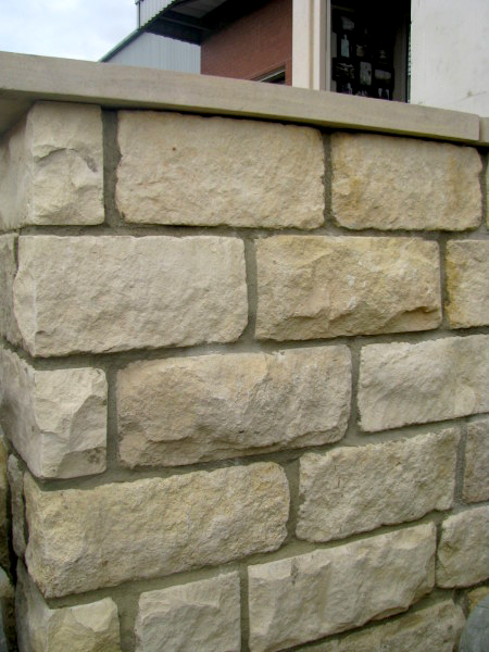 140mm Cream Tumbled Limestone