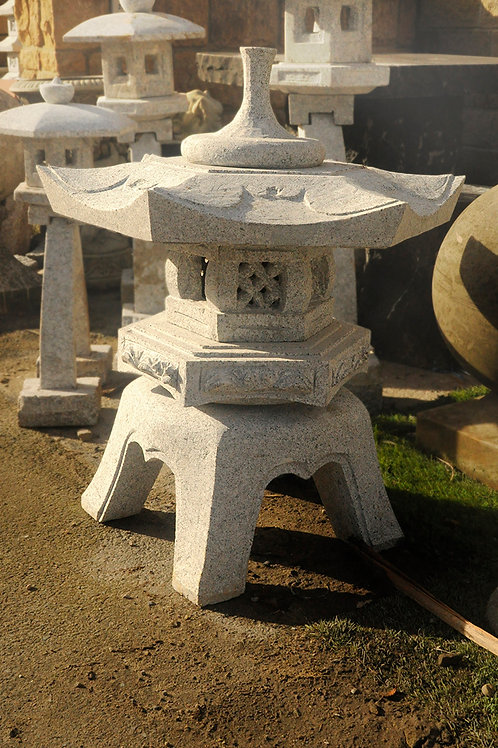 Japanese Lantern Rokkakyukimi - Grey Granite
