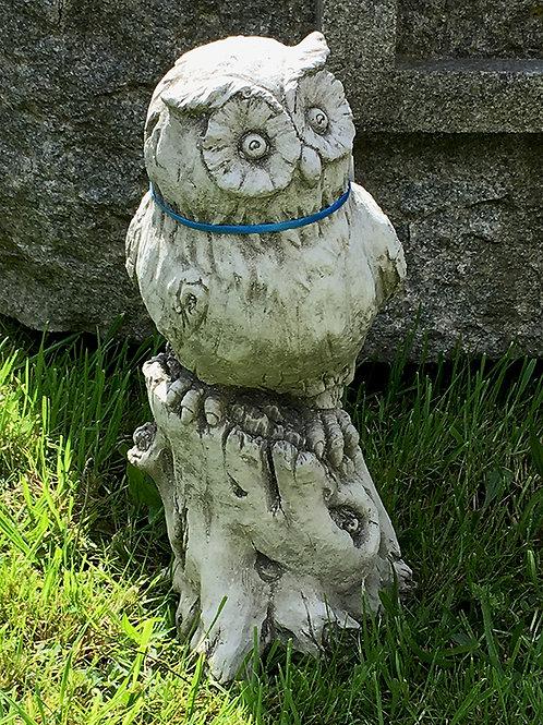 Owl on Log (BR6)