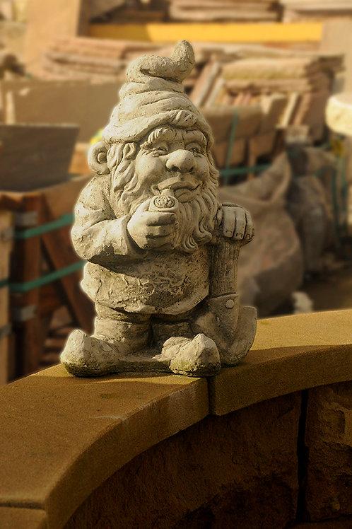 Gnome Smoking (GN1)