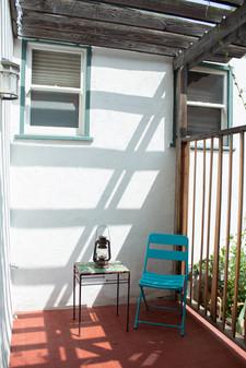 Relaxing patio to Blenman Studio