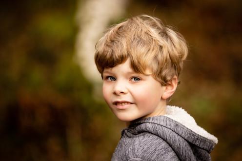 Boy portrait, Midhust