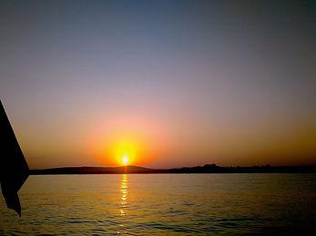 envoil-apéritif-coucher-de-soleil-voilie