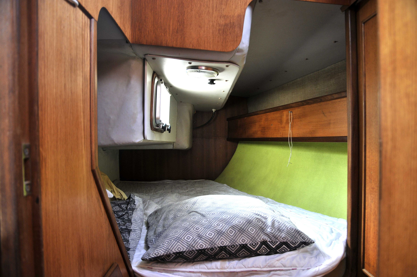 Cabine arrière Attalia 32