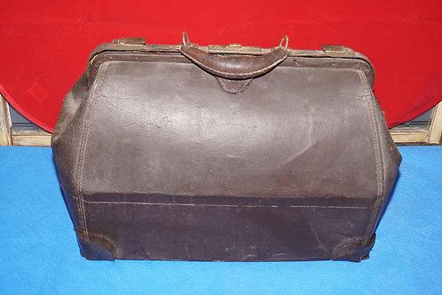 Ca 1910s Doctors Bag
