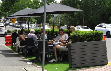 Glenferrie Goes Alfresco