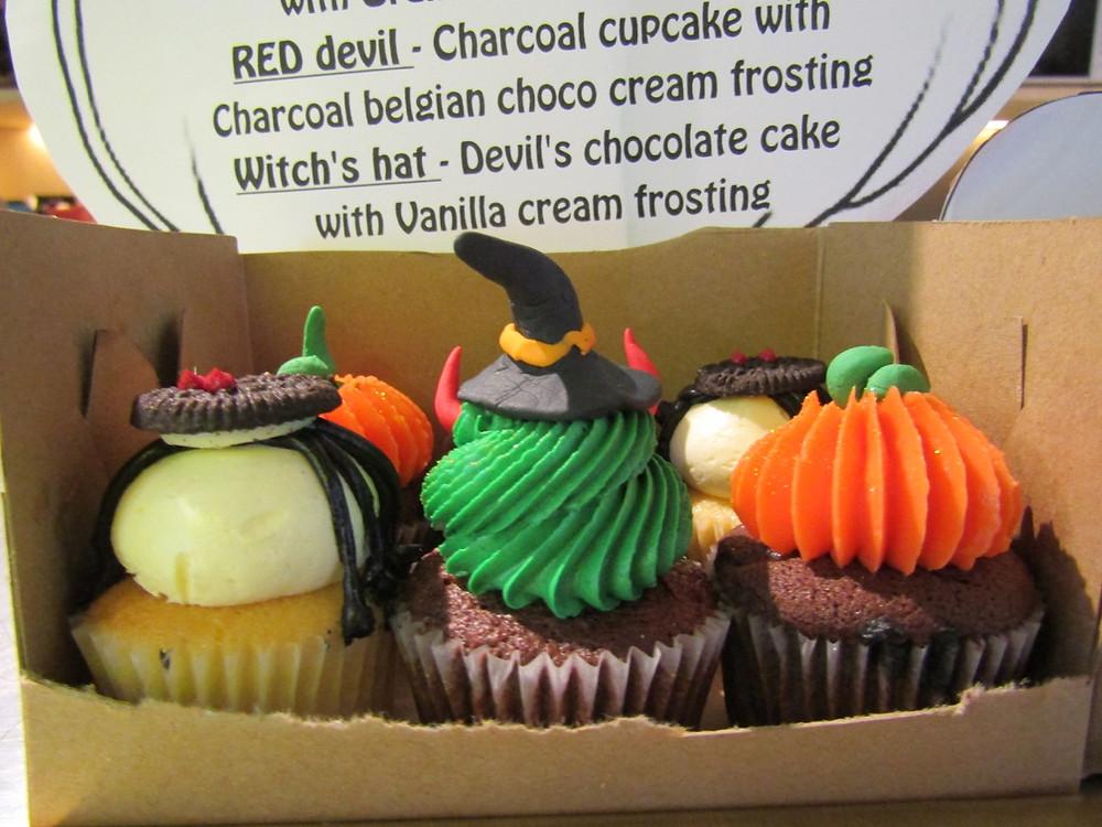 Halloween themed treats at 'Little Cupcakes'.