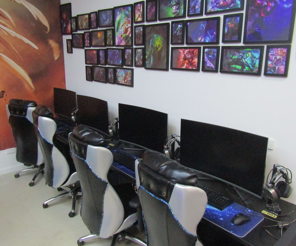 Teamore gaming computers.