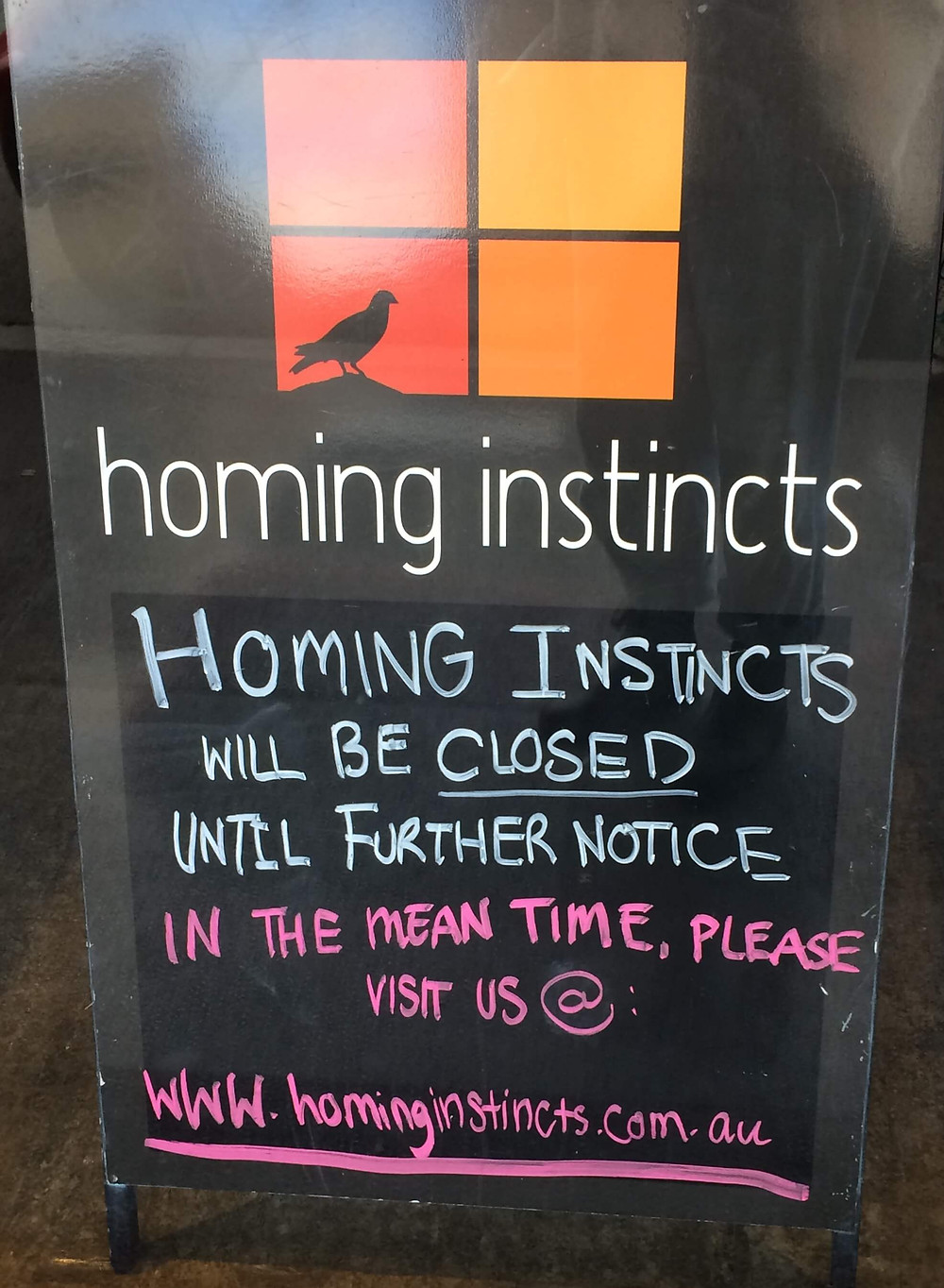 Shop online signage at Homing Instincts, 730 Glenferrie Road.
