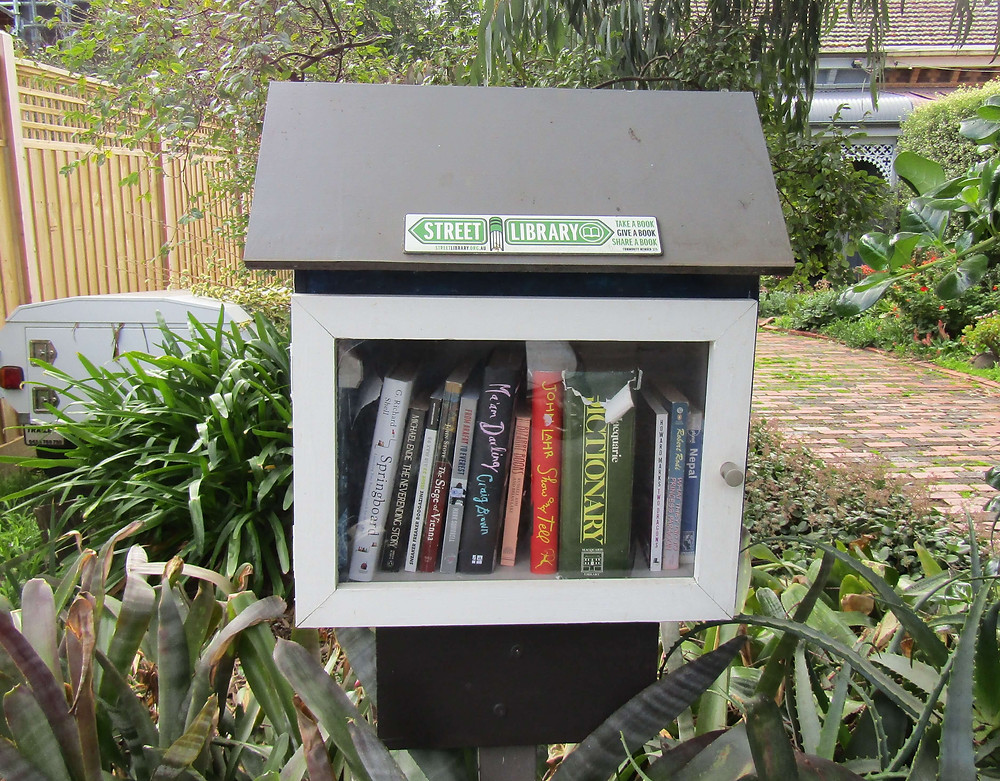 Street Library at 77 Wattle Road, Hawthorn.