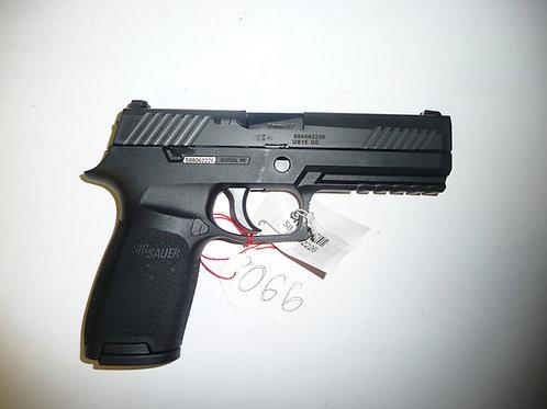 Pistolet Sig Sauer modele P320 Full Size