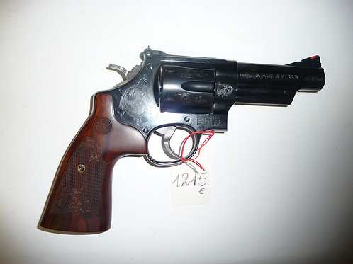 Revolver Smith&Wesson modele M29 gravée