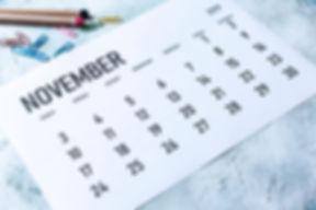 Simple 2019 November monthly calendar on