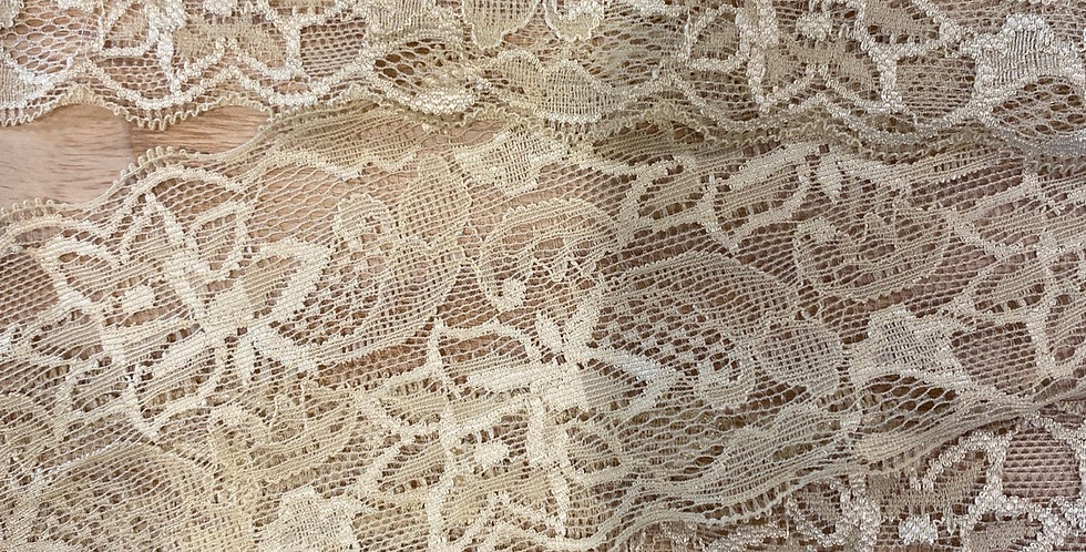 biscuit 7.5cm stretch lace