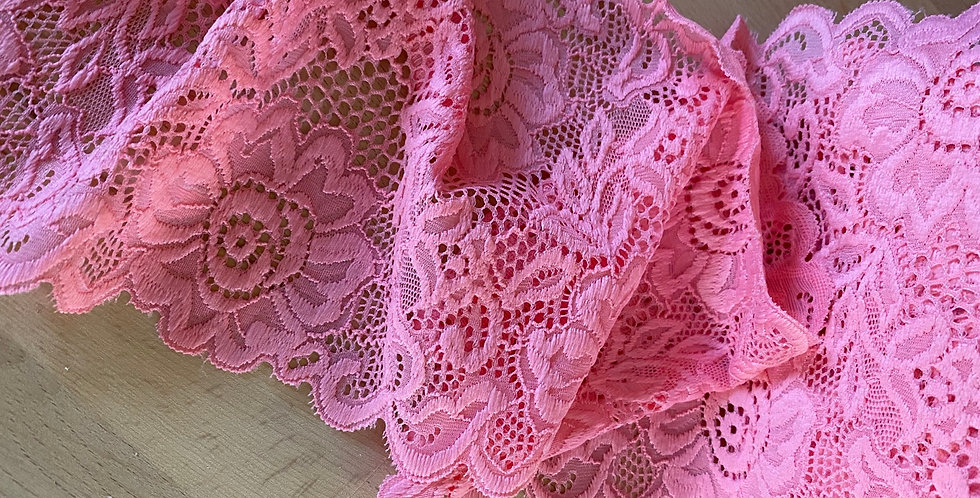 Coralline stretch lace