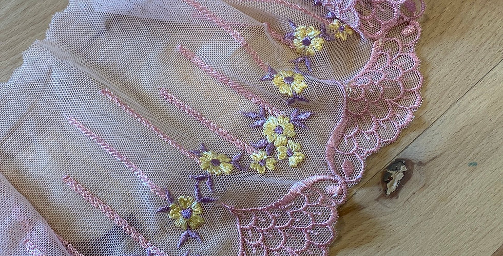 Lilliana embroidered trim