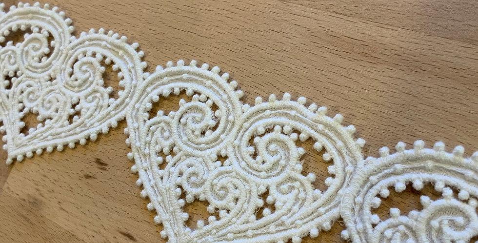 Ornate Cotton Heart Trim Remnant