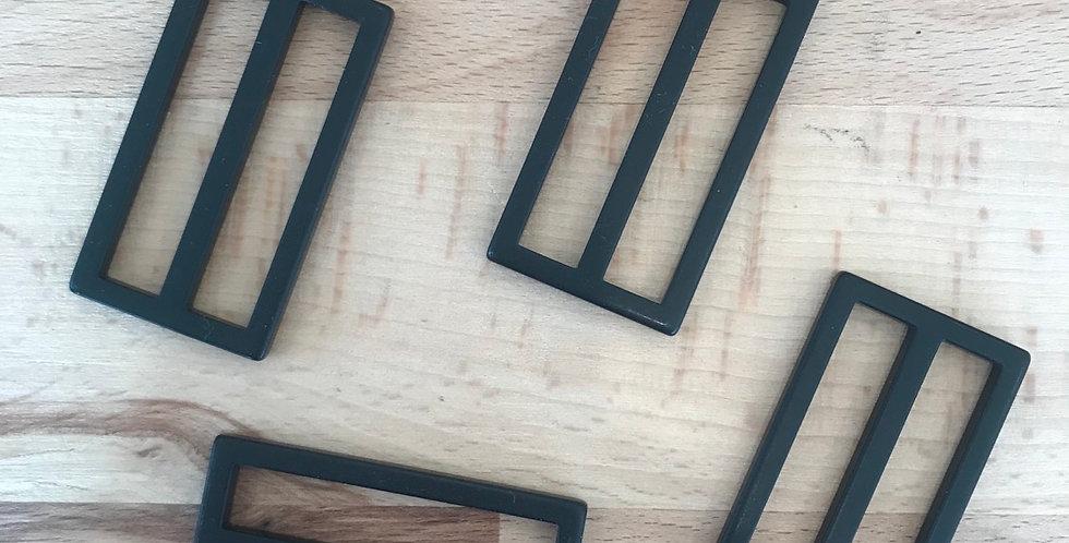 Black matte buckle (small )