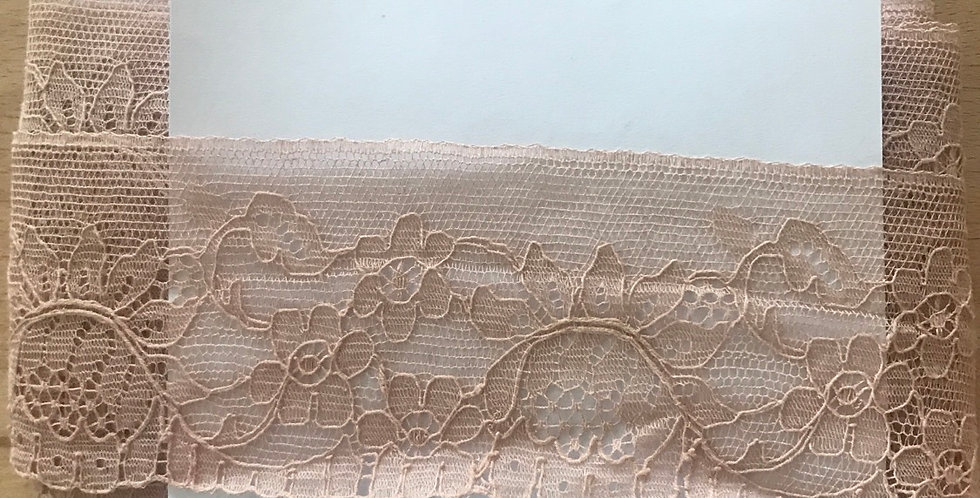 Mocha vintage English lace remnant