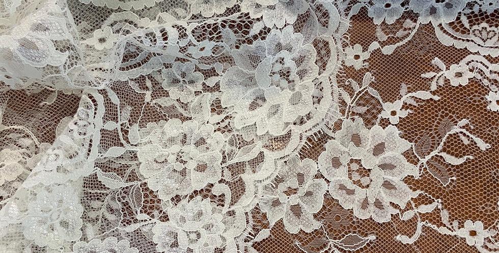 Elizabeth  Ivory Chantilly Lace Piece...