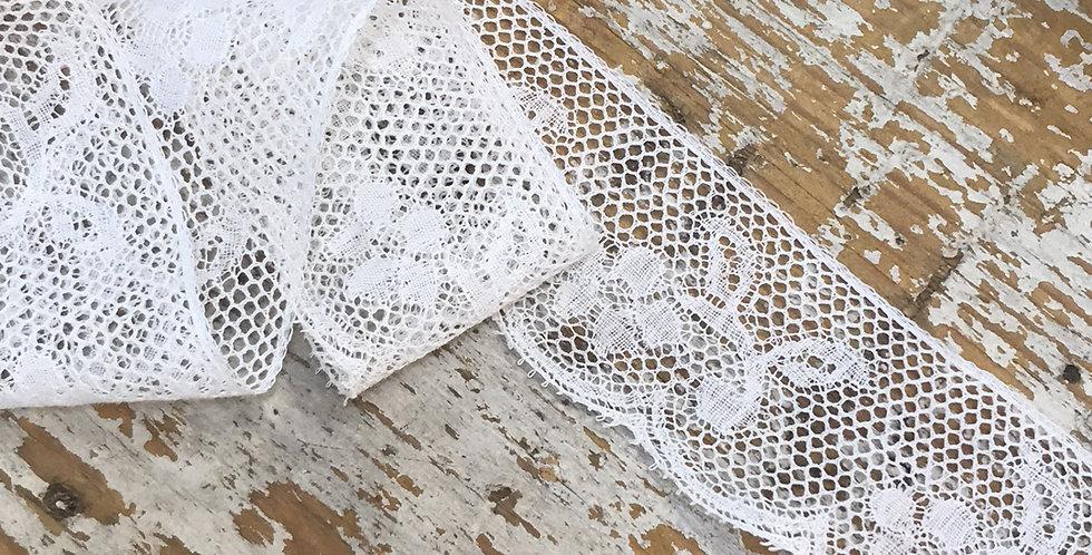 Eliza vintage lace trim