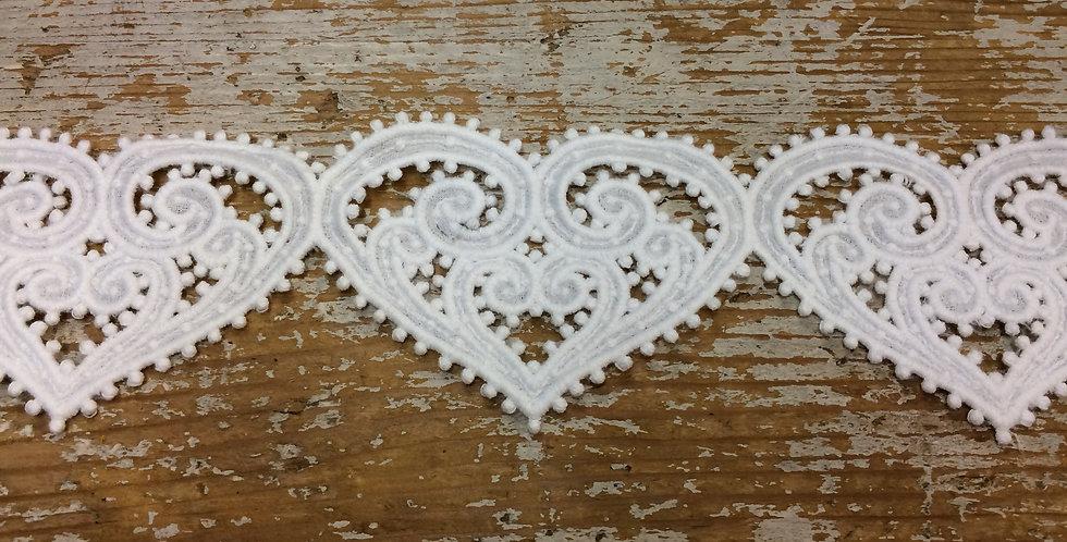 Large Ornate Ivory Heart Lace Trim
