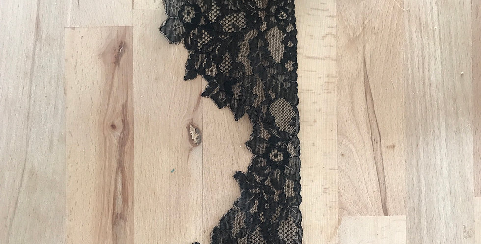 Odette vintage French lace