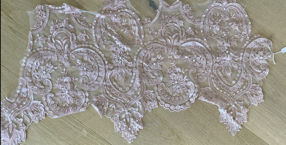 Dusty pink corded beaded lace piece 8
