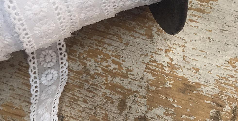 Delilah lace