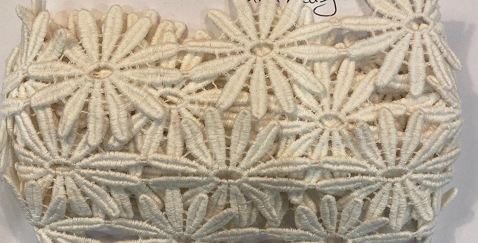 Vintage English Cotton Daisy Lace...