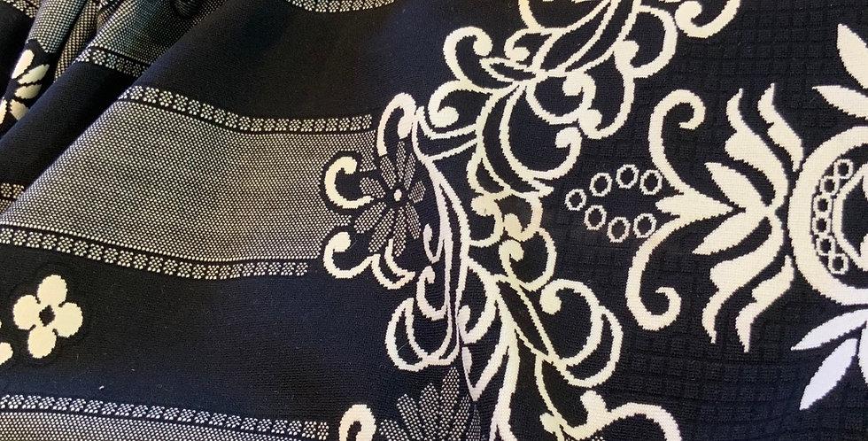 Daisy Lines Jacquard Double Knit...