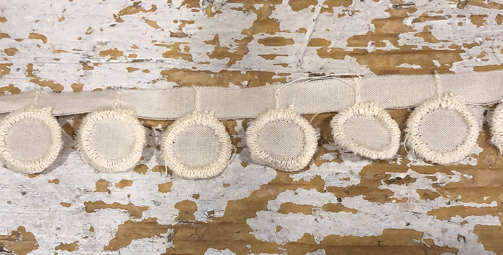 Droplet embroidered circle trim Cream