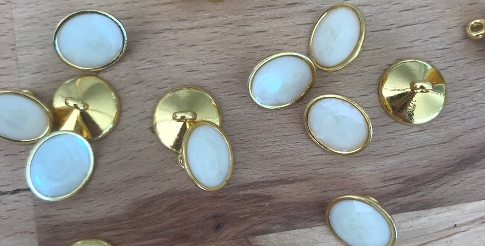 Pearl finish gold shank buttons