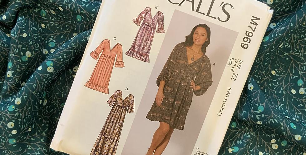McCalls Winterberry Pine Dress Kit Large-XXL