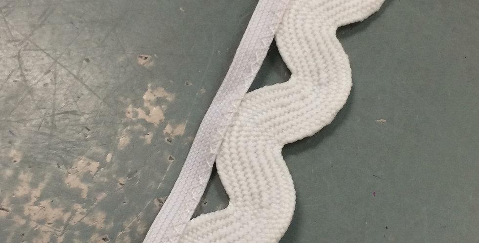 Winter white 2cm rick rack