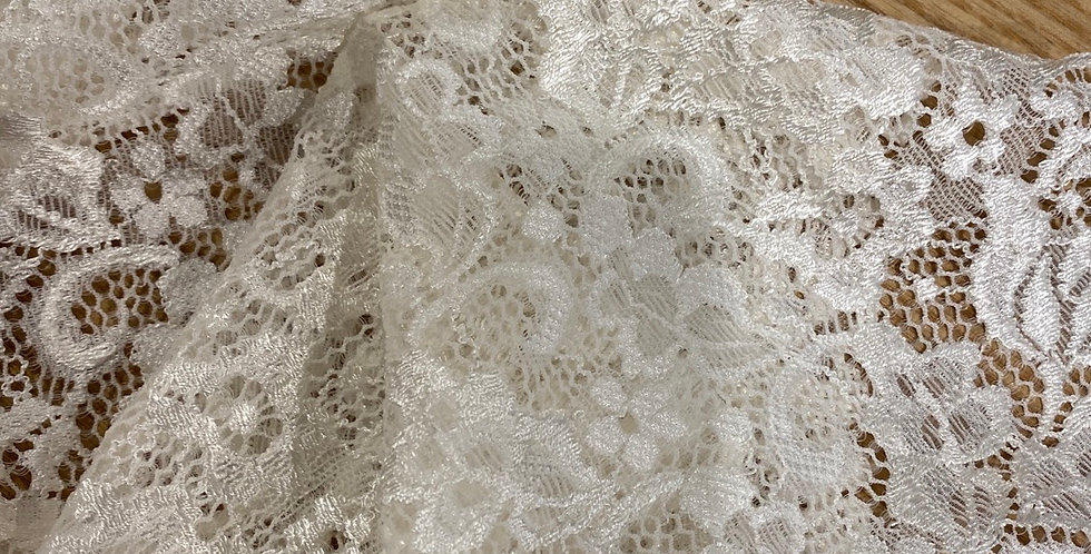 Snow stretch lace