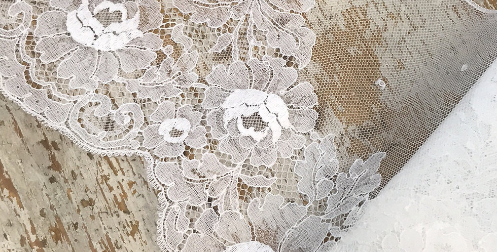 Helen vintage lace