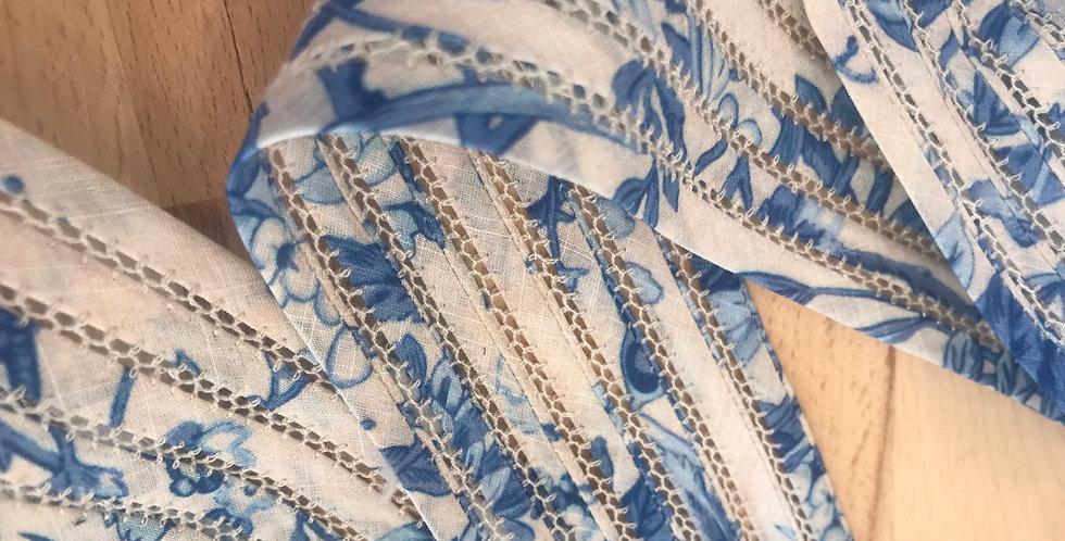 Manon intricate trim (wide)